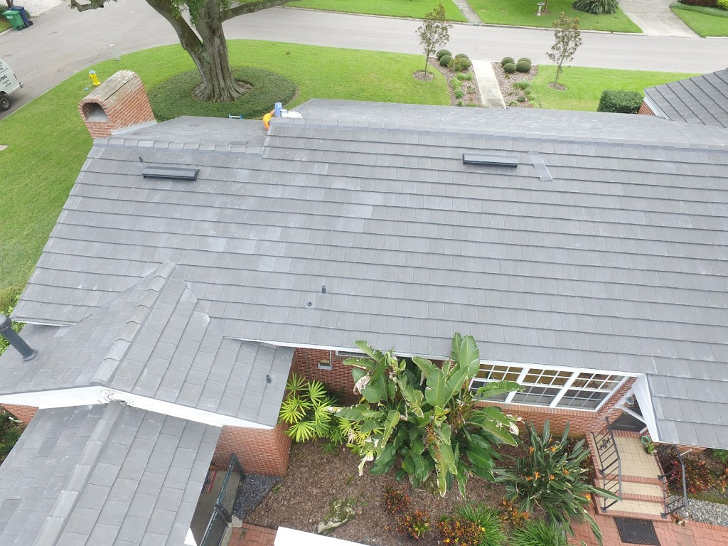 Alvarez Roofing Services - roofing contractor    Photo 2 of 10   Address: 13101 Automobile Blvd, Clearwater, FL 33762, USA   Phone: (727) 235-1378