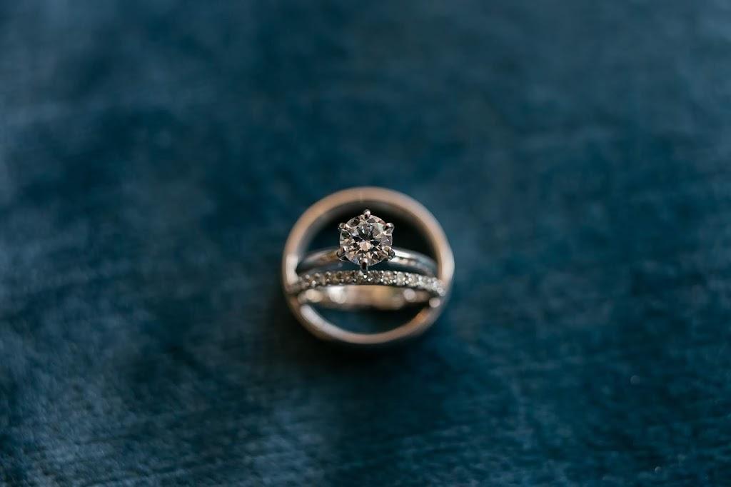Mitchells Jewelers - jewelry store    Photo 5 of 6   Address: 2454 Mill St, Aliquippa, PA 15001, USA   Phone: (724) 375-8559
