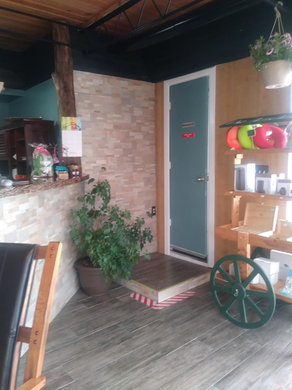 The Rustic Remedy - health    Photo 7 of 10   Address: 4444 Dixie Hwy, Erlanger, KY 41018, USA   Phone: (859) 740-0607