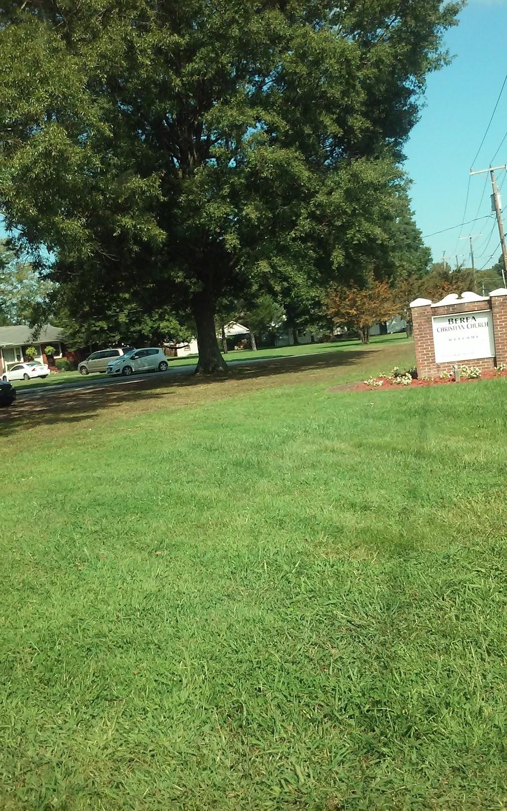 Berea Christian Church - church  | Photo 4 of 10 | Address: 4109 Driver Ln, Suffolk, VA 23435, USA | Phone: (757) 538-8872
