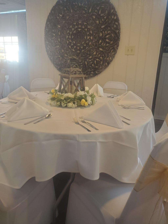 Delfini Room - restaurant  | Photo 5 of 6 | Address: 570 Pike St, Meadowlands, PA 15347, USA | Phone: (724) 222-2060