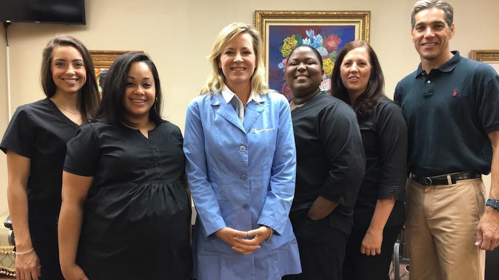 Aesthetic Orthodontist - dentist  | Photo 4 of 10 | Address: 4939 Lower Roswell Rd # A-105, Marietta, GA 30068, USA | Phone: (770) 671-0400
