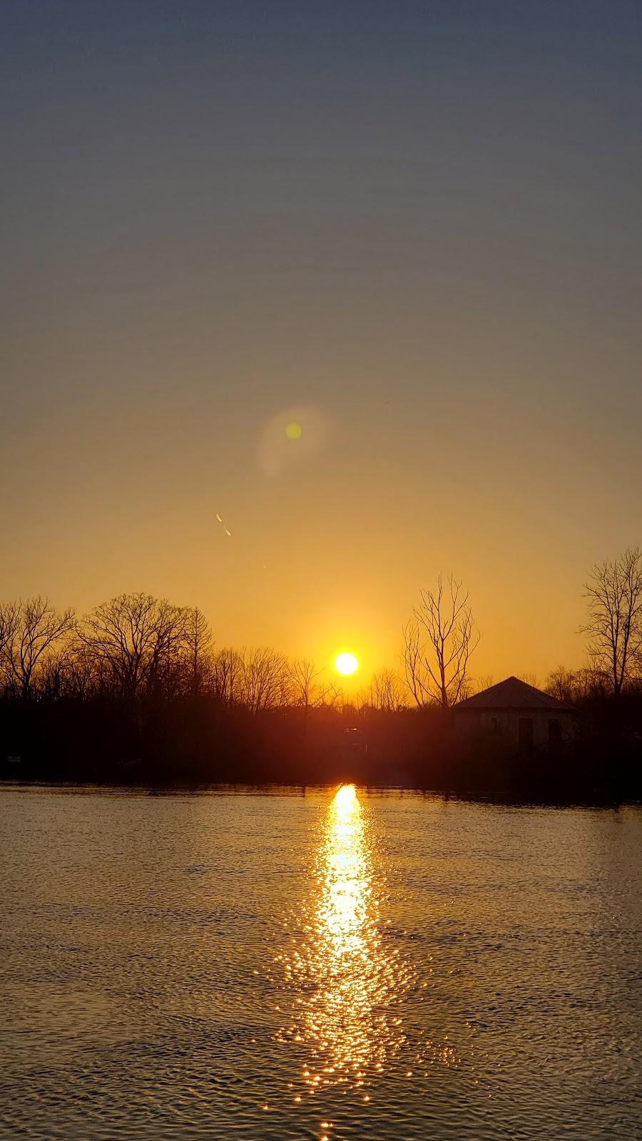 Chippawa Boat Ramp & Naisbitt Parkette - park    Photo 8 of 10   Address: 4379 Lyons Creek Rd, Niagara Falls, ON L2G, Canada, Canada   Phone: (905) 356-7521 ext. 3330