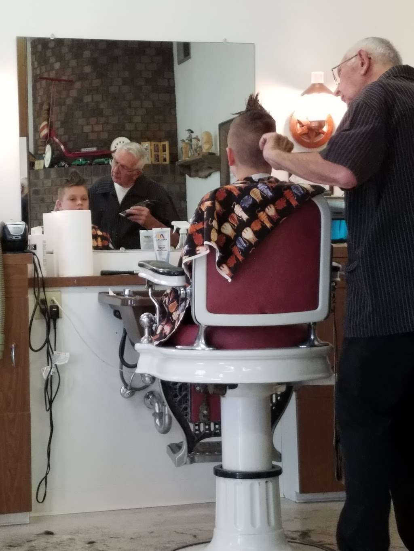 Eastlake Barber shop - hair care  | Photo 6 of 7 | Address: 2221 Lake Ave, Eastlake, CO 80614, USA | Phone: (303) 452-1641