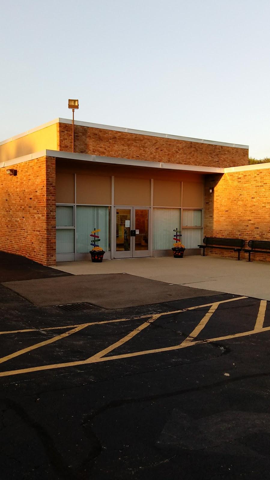 Summerside Elementary School - school    Photo 1 of 10   Address: 4639 Vermona Dr, Cincinnati, OH 45245, USA   Phone: (513) 947-7900