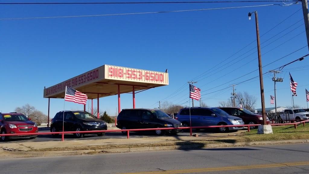 Ultimate Auto Finance - car dealer  | Photo 7 of 10 | Address: 11639 N Garnett Rd, Collinsville, OK 74021, USA | Phone: (918) 553-6500