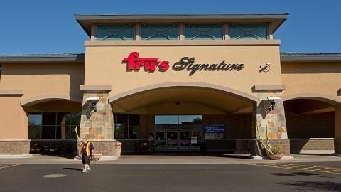 Frys Food And Drug - store    Photo 1 of 10   Address: 9401 E 22nd St, Tucson, AZ 85710, USA   Phone: (520) 721-8575