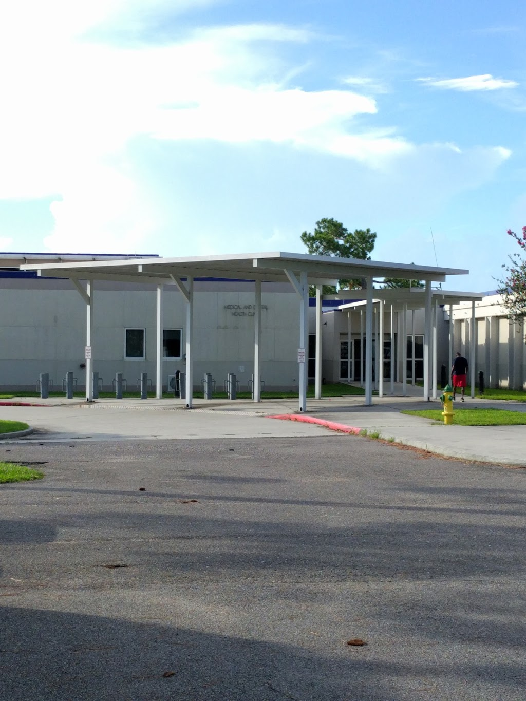 Naval Branch Health Clinic Belle Chasse - hospital  | Photo 1 of 7 | Address: 400 Russell Dr bldg 41, Belle Chasse, LA 70037, USA | Phone: (504) 678-3660