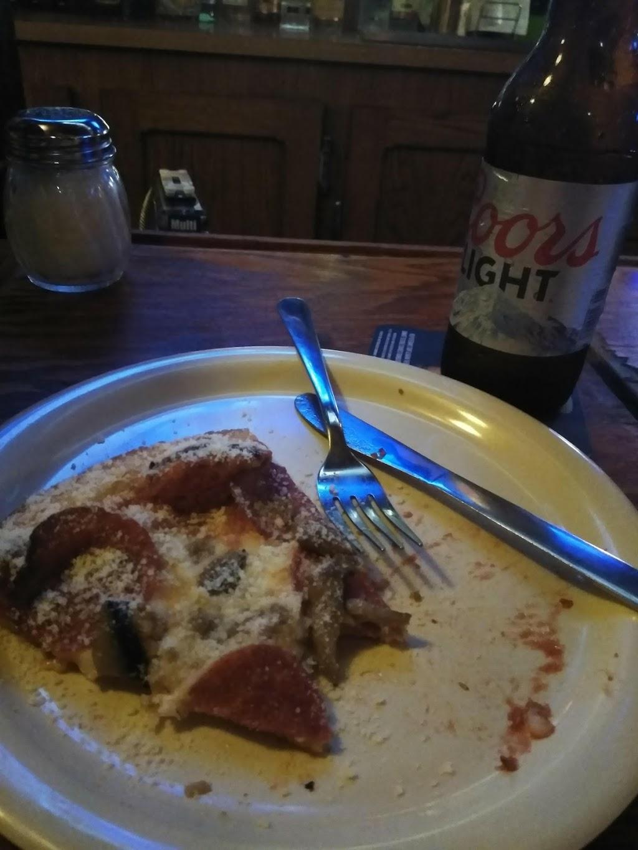 Village Pizzeria - restaurant  | Photo 9 of 10 | Address: 714 W Temperance Rd, Temperance, MI 48182, USA | Phone: (734) 847-0240