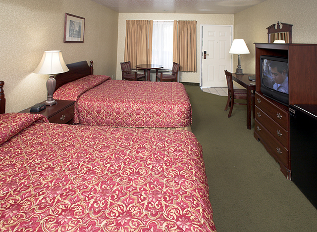 Castle Inn & Suites - lodging  | Photo 8 of 10 | Address: 1734 S Harbor Blvd, Anaheim, CA 92802, USA | Phone: (714) 774-8111