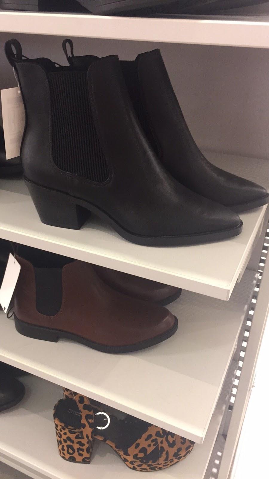 H&M - clothing store  | Photo 8 of 10 | Address: 1600 Water St, Laredo, TX 78040, USA | Phone: (855) 466-7467