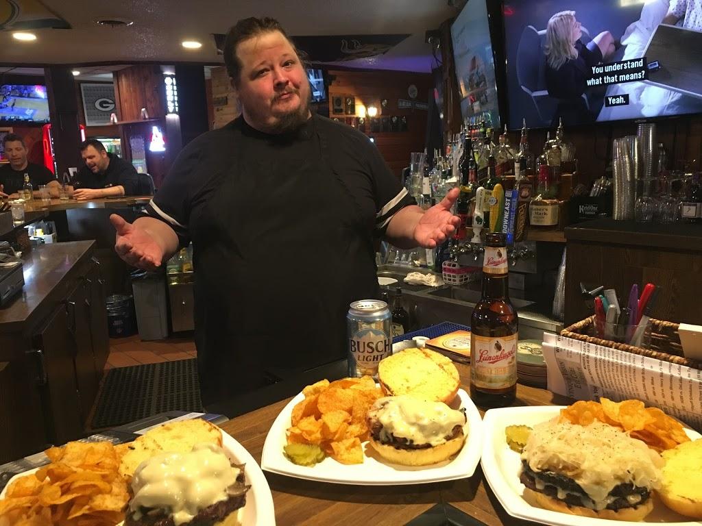 Broad Street Bar and Grill - restaurant    Photo 8 of 10   Address: 138 Broad St, Prescott, WI 54021, USA   Phone: (715) 262-3880