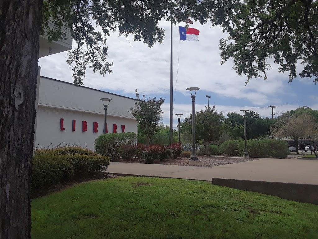 Dallas West Branch Library - library    Photo 3 of 5   Address: 2332 Singleton Blvd, Dallas, TX 75212, USA   Phone: (214) 670-6445