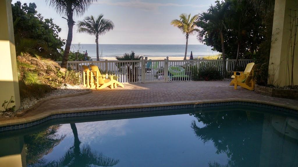 Barrett Beach Bungalows - real estate agency  | Photo 6 of 10 | Address: 19646 Gulf Blvd, Indian Shores, FL 33785, USA | Phone: (727) 455-2832