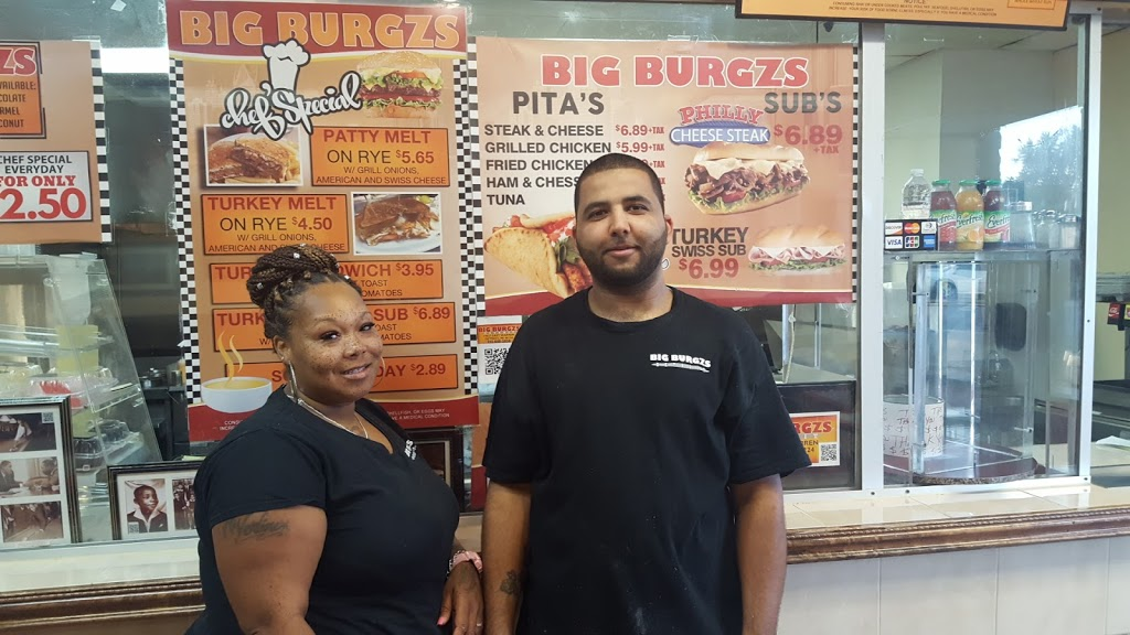 Motor City Burgzs - restaurant    Photo 8 of 10   Address: 17627 E Warren Ave, Detroit, MI 48224, USA   Phone: (313) 640-3956