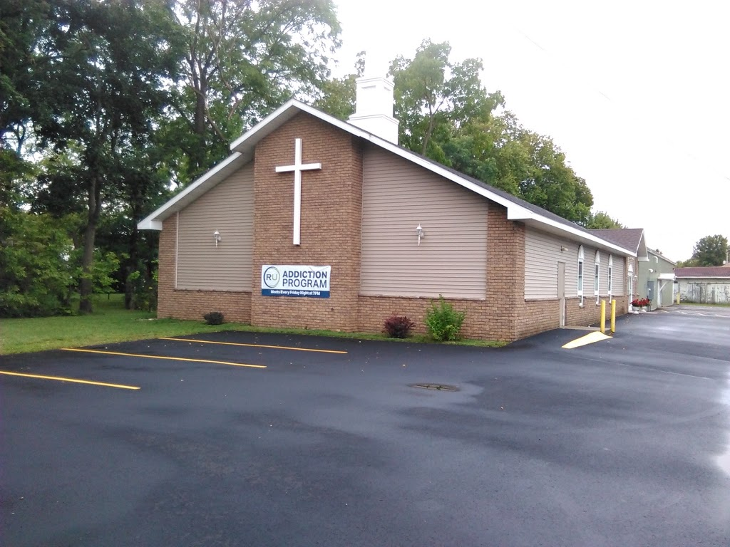 Calvary Baptist Church - church  | Photo 3 of 6 | Address: 309 Water St, Sauk City, WI 53583, USA | Phone: (608) 643-2101