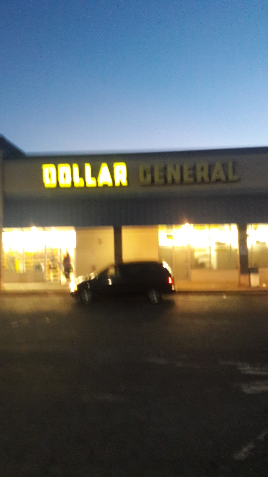 Dollar General - convenience store    Photo 4 of 10   Address: 5611 Riverdale Rd Ste F, College Park, GA 30349, USA   Phone: (470) 571-1693