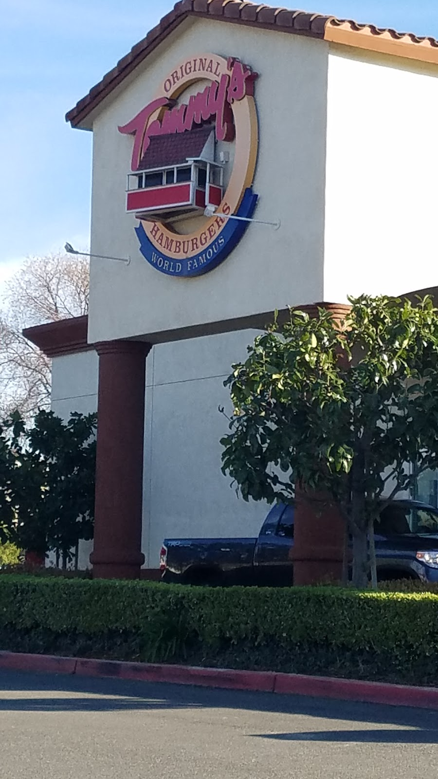 76 - gas station    Photo 4 of 6   Address: 2240 Compton Ave, Corona, CA 92881, USA   Phone: (951) 279-2899
