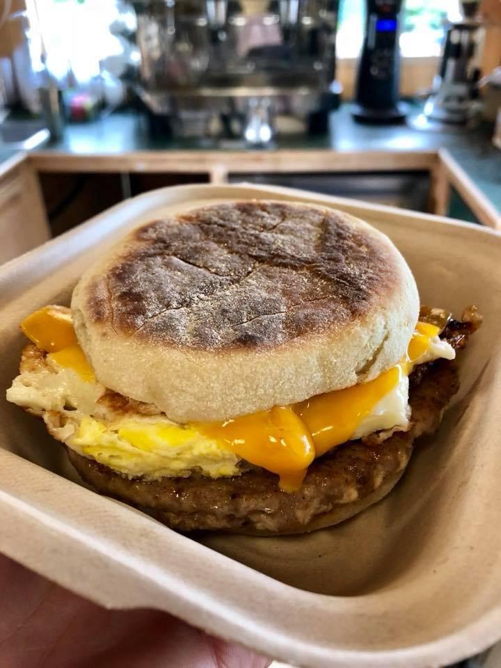 Grounds Coffee Co - cafe  | Photo 4 of 10 | Address: 11601 Harbour Pointe Blvd, Mukilteo, WA 98275, USA | Phone: (425) 290-1643
