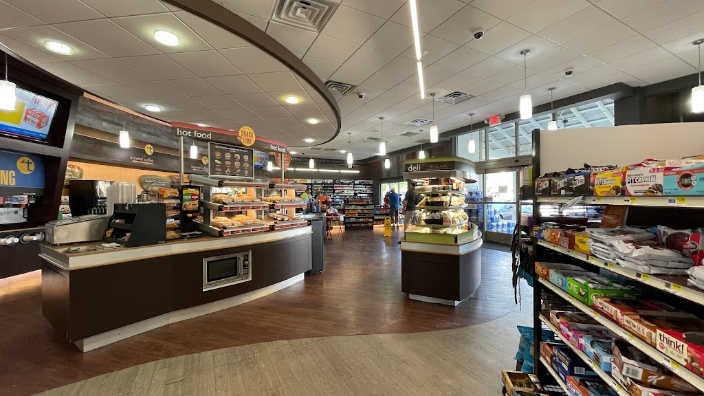 Twice Daily - convenience store  | Photo 4 of 10 | Address: 7001 Berry Farms Crossing, Franklin, TN 37064, USA | Phone: (615) 462-7060