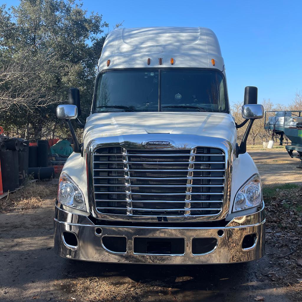Asr truck & trailer repair Inc - car repair  | Photo 2 of 10 | Address: 264 Swanson Rd, Manteca, CA 95337, USA | Phone: (209) 905-4427