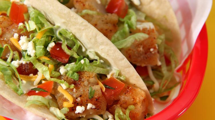 Fuzzys Taco Shop - restaurant  | Photo 8 of 10 | Address: 228 E Pleasant Run Rd, DeSoto, TX 75115, USA | Phone: (469) 297-4924