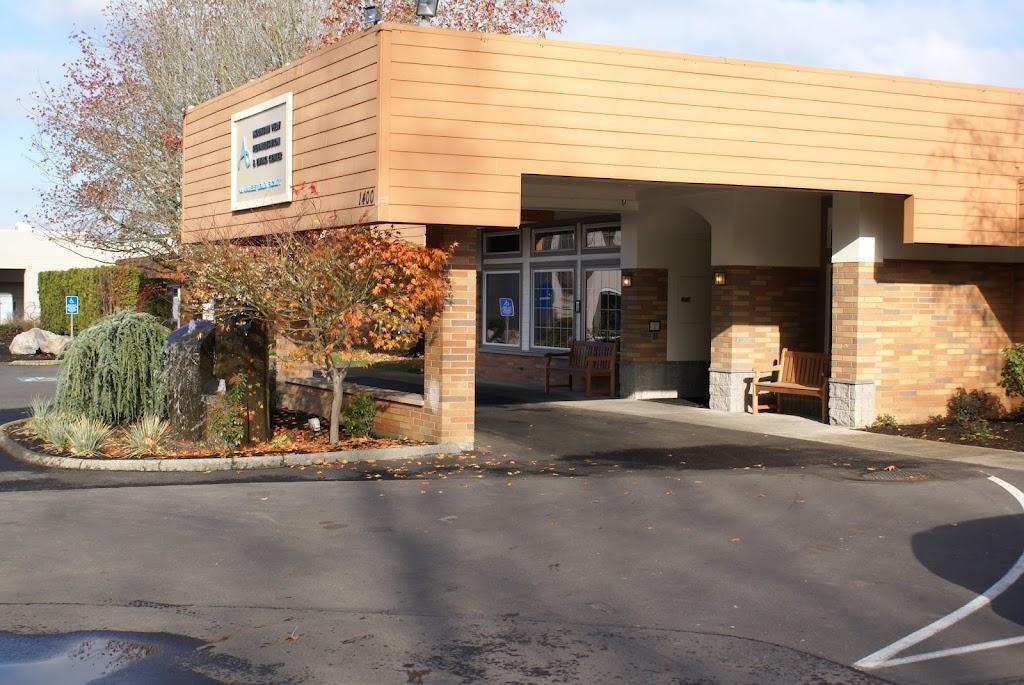 Avamere Rehabilitation of Oregon City - physiotherapist  | Photo 1 of 10 | Address: 1400 Division St, Oregon City, OR 97045, USA | Phone: (503) 656-0367