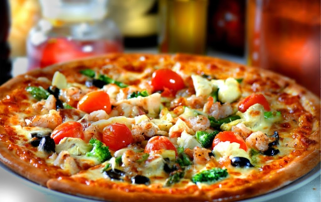 Fat Tomato Pizza - meal delivery  | Photo 4 of 10 | Address: 2130 E Broadway, Long Beach, CA 90803, USA | Phone: (562) 343-2287