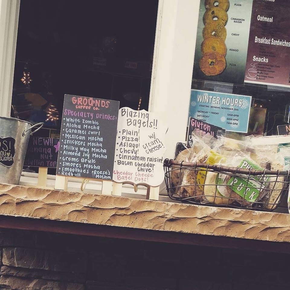 Grounds Coffee Co - cafe  | Photo 8 of 10 | Address: 11601 Harbour Pointe Blvd, Mukilteo, WA 98275, USA | Phone: (425) 290-1643