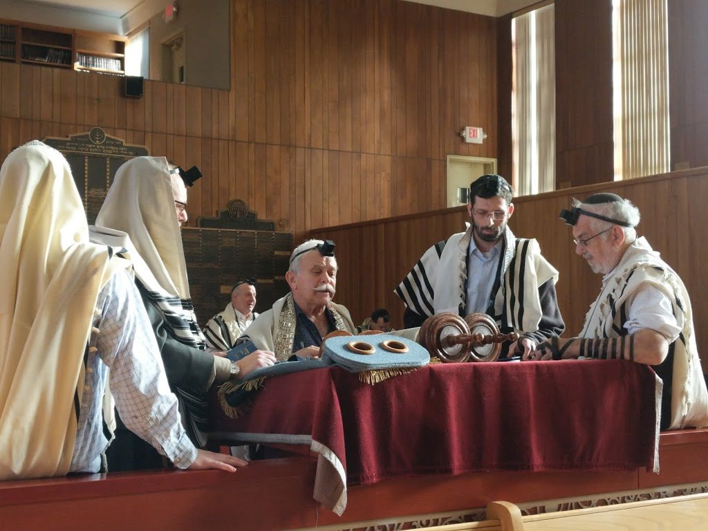 JEC Elmora Avenue Shul - synagogue    Photo 2 of 5   Address: 330 Elmora Ave, Elizabeth, NJ 07208, USA   Phone: (908) 355-4850