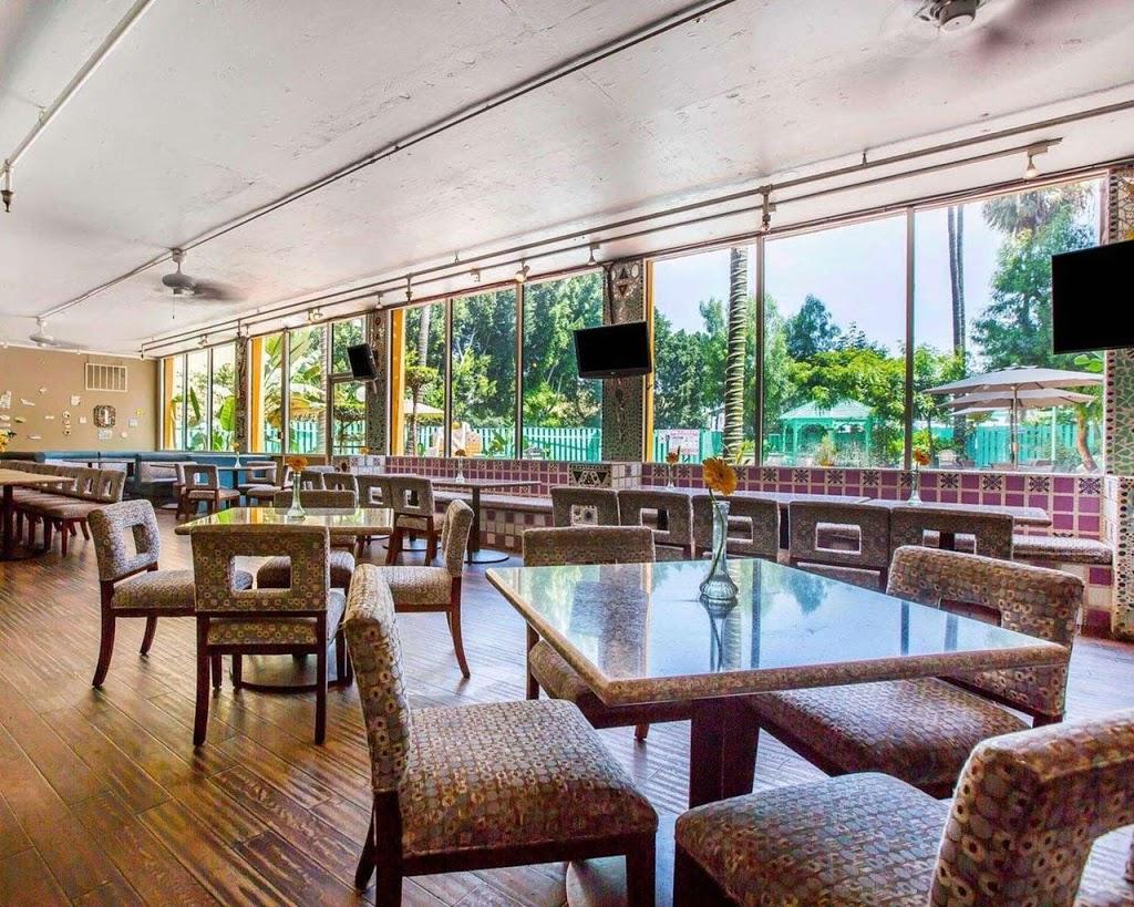 Oasis Restaurant & Bar - restaurant    Photo 3 of 9   Address: 7709 Telegraph Rd, Montebello, CA 90640, USA   Phone: (323) 724-1400