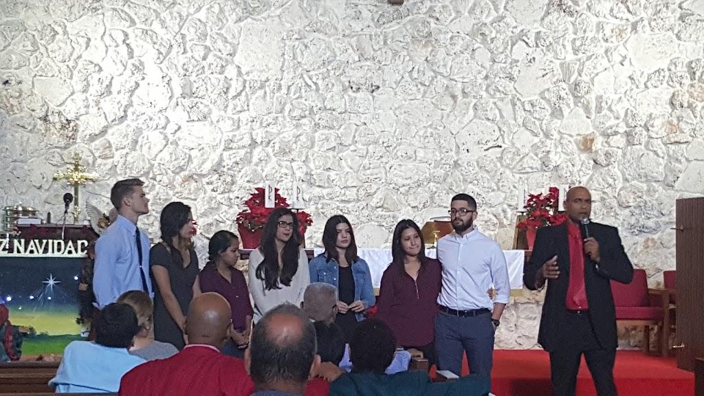 Principe De Paz - church  | Photo 3 of 4 | Address: 6375 W Flagler St, Miami, FL 33144, USA | Phone: (305) 264-9059