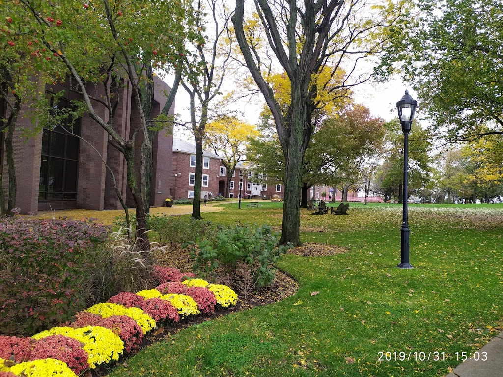 Samuel C Williams Library - library  | Photo 5 of 8 | Address: 1 Castle Point Terrace, Hoboken, NJ 07030, USA | Phone: (201) 216-5200