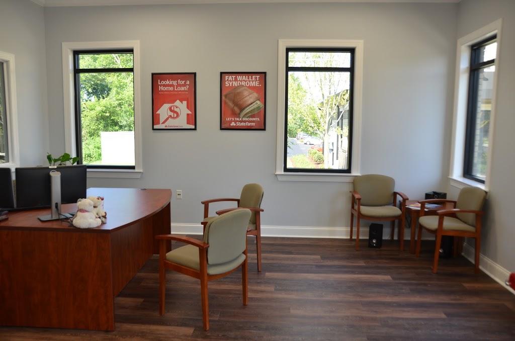 Andrew Felder - State Farm Insurance - insurance agency    Photo 9 of 10   Address: 174 Saundersville Rd #401, Hendersonville, TN 37075, USA   Phone: (615) 265-6386