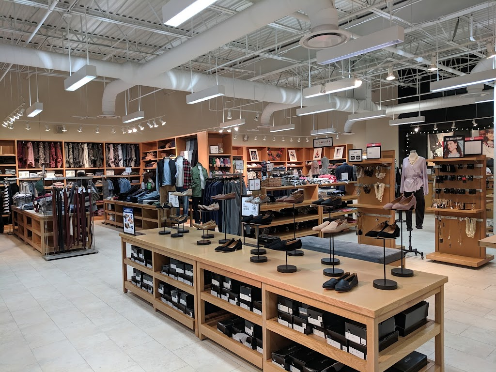 J.Crew Factory - clothing store    Photo 8 of 10   Address: 852 Premium Outlets Dr, Monroe, OH 45050, USA   Phone: (513) 539-8097