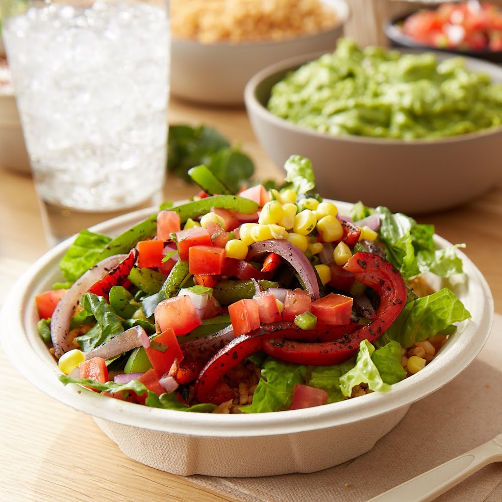 QDOBA Mexican Eats - restaurant  | Photo 9 of 10 | Address: 8286 Northfield Blvd Suite 1510, Denver, CO 80238, USA | Phone: (303) 286-7337