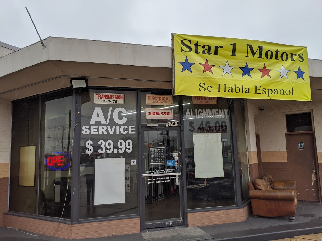 Star 1 Motors - car dealer  | Photo 5 of 10 | Address: 3740 W Walnut St, Garland, TX 75042, USA | Phone: (972) 276-0207