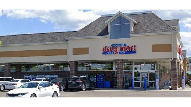 Discount Drug Mart - convenience store  | Photo 1 of 4 | Address: 3100 Glenwood Dr #294, Twinsburg, OH 44087, USA | Phone: (330) 405-6650