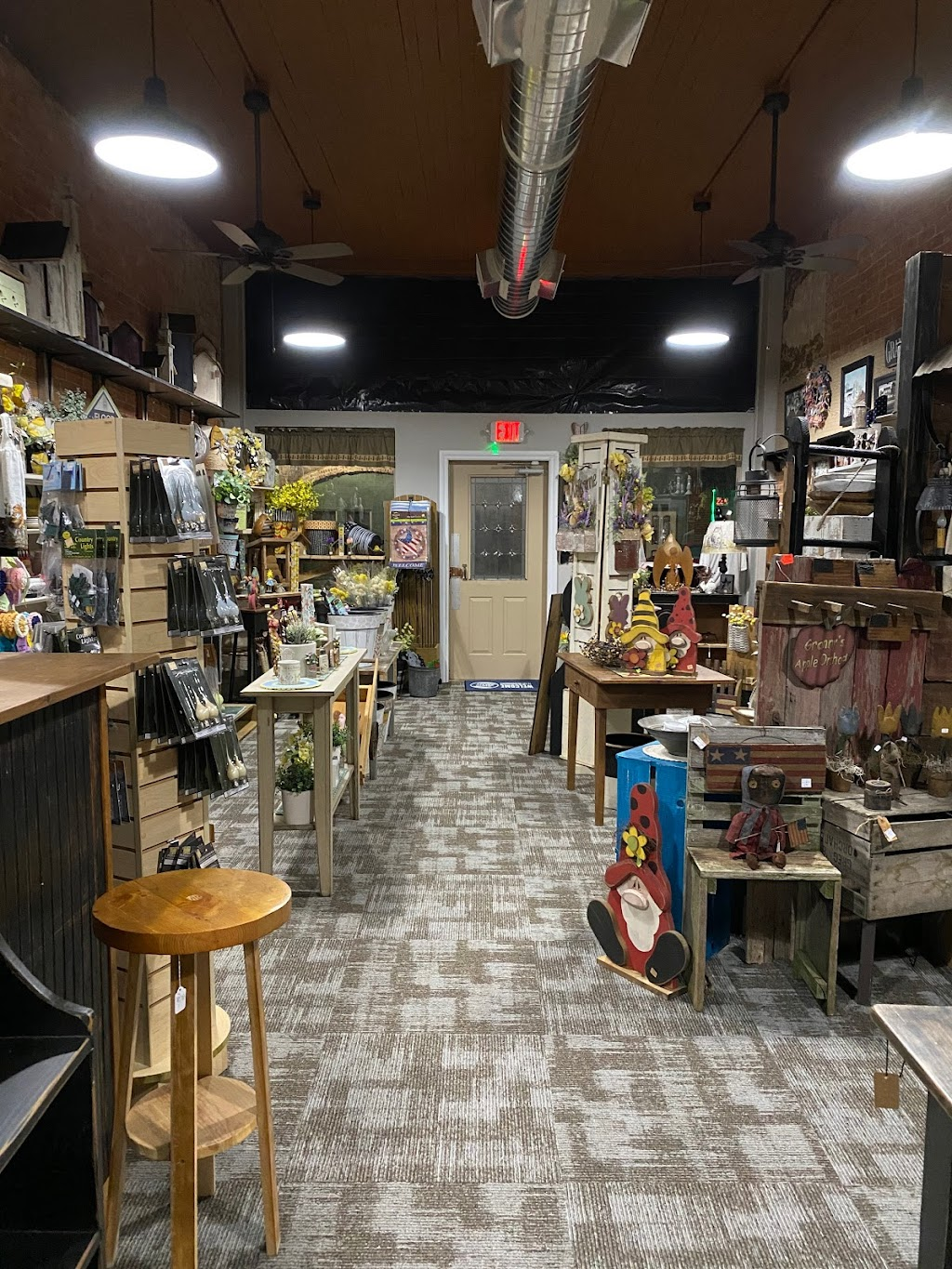 Country Cupboard Ohio - store  | Photo 6 of 10 | Address: 120 W Madison St, Gibsonburg, OH 43431, USA | Phone: (419) 287-0213