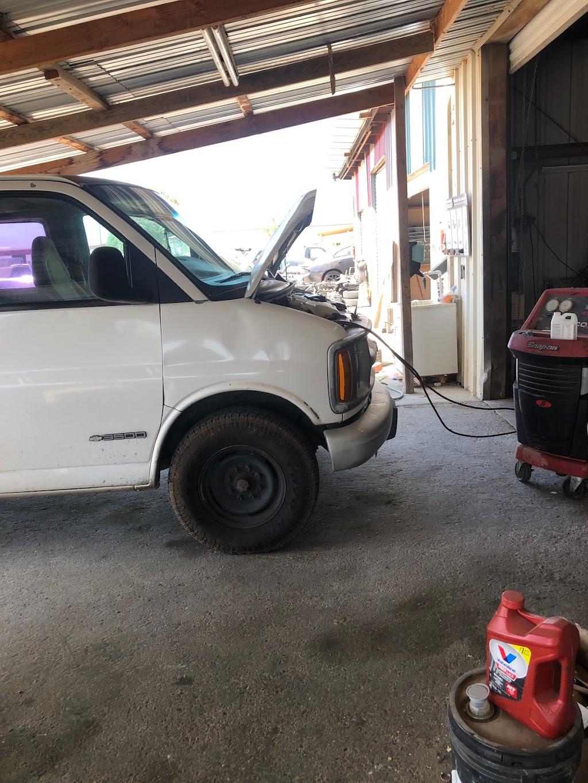 H&M Auto Repair - car repair    Photo 5 of 8   Address: 17863 Baldwin St #A, Madera, CA 93638, USA   Phone: (559) 474-2630