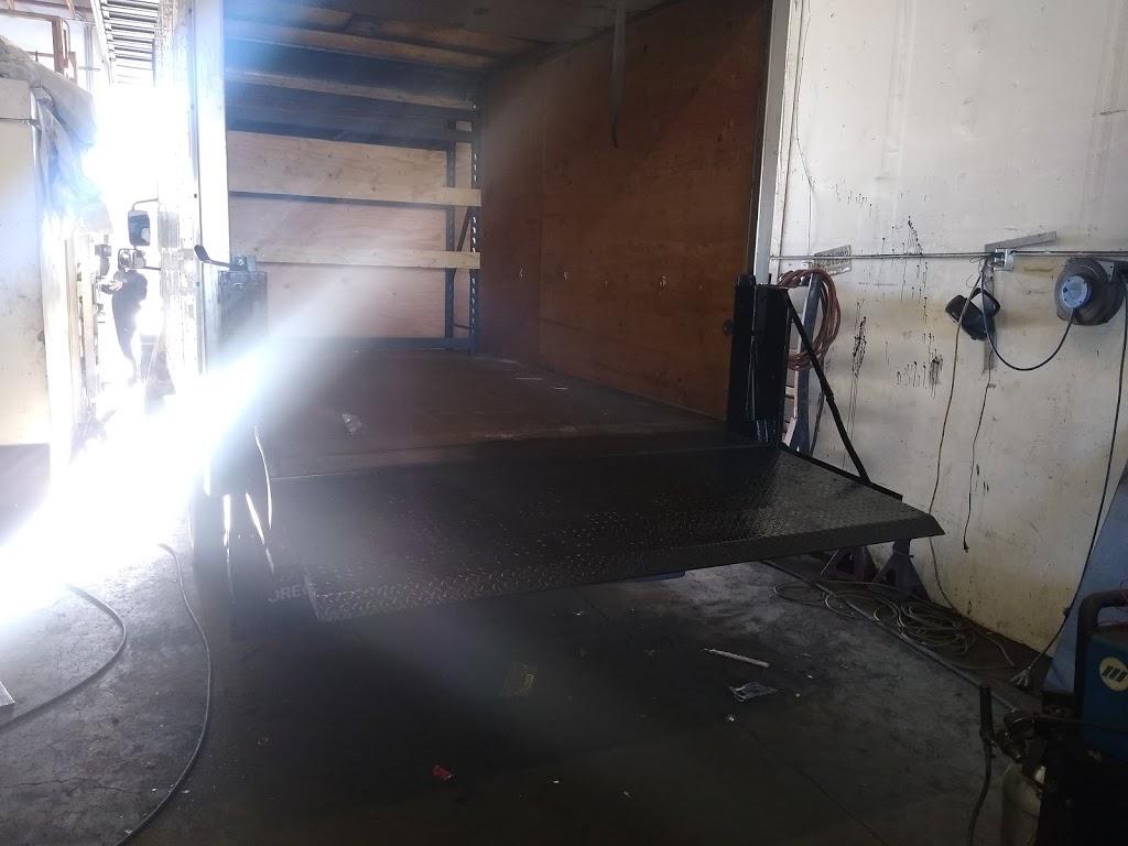 Superior Wash - Mobile Fleet Washing - car repair    Photo 3 of 5   Address: 3210 C St NE, Auburn, WA 98002, USA   Phone: (253) 329-2538