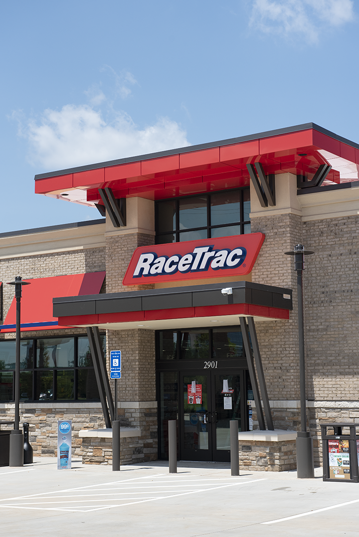 RaceTrac - gas station    Photo 8 of 10   Address: 4255 Jonesboro Rd, Union City, GA 30291, USA   Phone: (770) 306-4024