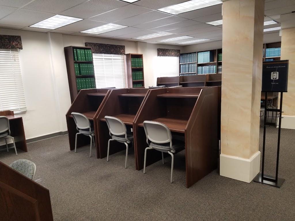 Annie Gabriel Library at California Baptist University - library  | Photo 7 of 9 | Address: 8432 Magnolia Ave #3206, Riverside, CA 92504, USA | Phone: (951) 343-4228