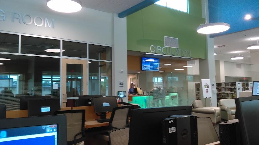Jefferson Parish Library - River Ridge Library - library  | Photo 6 of 10 | Address: 8825 Jefferson Hwy, River Ridge, LA 70123, USA | Phone: (504) 736-6455
