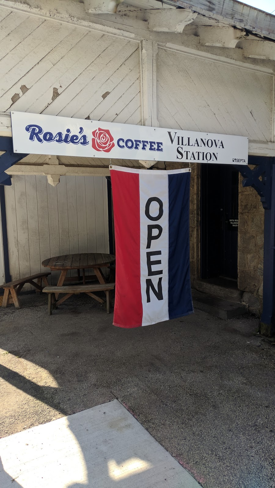 Rosies Coffee at Villanova Station - cafe  | Photo 7 of 10 | Address: Train Station, 308 N Spring Mill Rd, Villanova, PA 19085, USA | Phone: (267) 253-1249