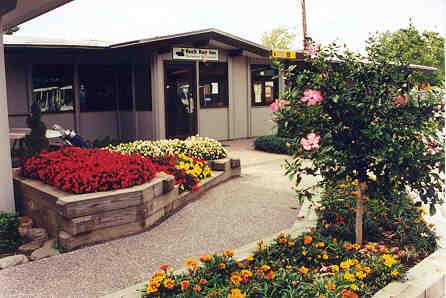 Rock Run Inn: Restaurant & Banquets - restaurant  | Photo 6 of 10 | Address: 800 Rock Run Rd, Elizabeth, PA 15037, USA | Phone: (412) 751-1070