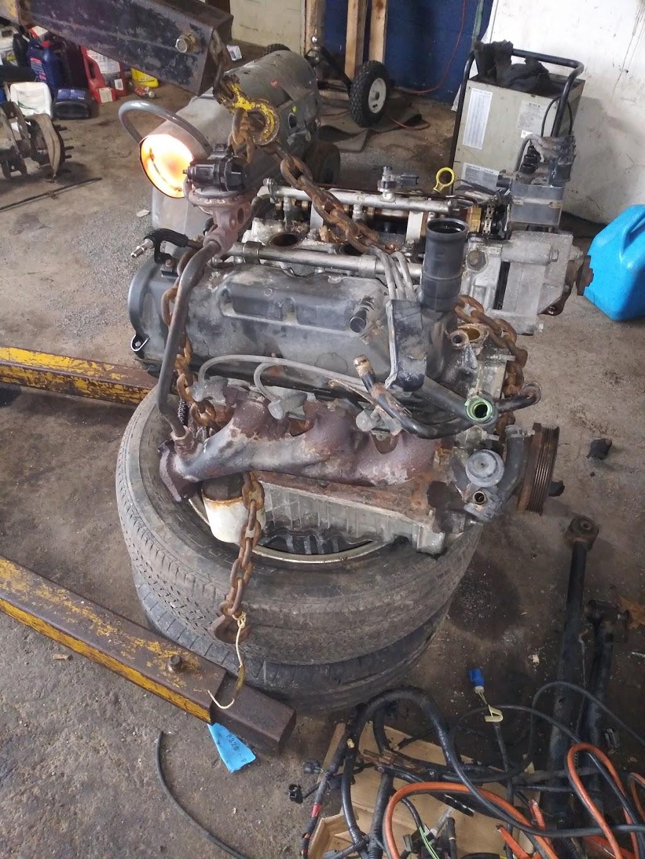 BUBBS AUTO REPAIR & SALES - car repair  | Photo 3 of 10 | Address: 2964 Lockport Rd, Niagara Falls, NY 14305, USA | Phone: (716) 990-2180