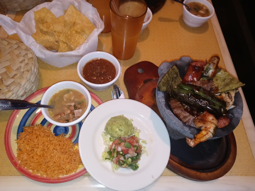 Alexanders Mexican Cuisine - restaurant  | Photo 5 of 10 | Address: 1055 Regal Row, Dallas, TX 75247, USA | Phone: (469) 466-8160