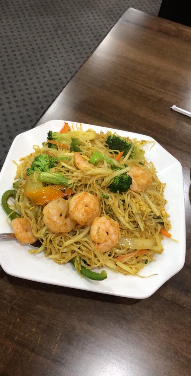 China House Inn - restaurant  | Photo 2 of 10 | Address: 33602 W Seven Mile Rd, Livonia, MI 48152, USA | Phone: (248) 888-9540