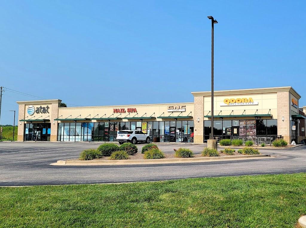 QDOBA Mexican Eats - restaurant    Photo 1 of 10   Address: 5880 Belleville Crossing St, Belleville, IL 62226, USA   Phone: (618) 310-3000